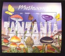 TANZANIA   2319 MINT NEVER HINGED MINI SHEETS OF MUSHROOMS - Mushrooms