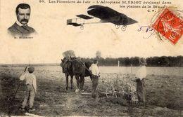 L'Aéroplane Blériot évoluant Dans Les Plaines De La Beauchamp  -  CPA - Flieger