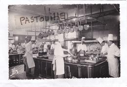 N°  1779  -  Le  Grand  Hôtel  De  Superbagnères :  La  Cuisine. - Superbagneres