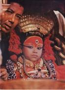 NEPAL - COLOUR PICTURE POST CARD - COTTAGE INDUSTRIES & HANDICRAFTS EMPORIUM - TOURISM - KUMARI, LIVING GODDESS - Nepal