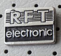 Germany Pin RFT Rundfunkt Technic Electronic - Mass Media