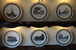 * Schoten (Antwerpen) 6 Unieke Borden Schoten In Porselein (g. Swaenepoel) IEPER - Ceramics & Pottery