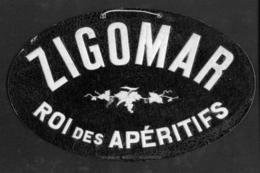 "Publicité  Cartonnée ""ZIGOMAR"" - Paperboard Signs"