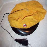 Norwegian Student Yellow Cap - Russelue Studenterlue (original) - 56 Size - Casques & Coiffures