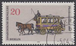 !b! BERLIN 1973 Mi. 446 USED SINGLE (m) - Berlin Public Transport: Busses - Horse Driven Bus - [5] Berlin
