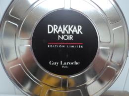 "GUY  LAROCHE "" DRAKKAR NOIR "" ED.LIMITEE RARE BOITE METAL FORME BOBINE FILM  LIRE ET VOIR!! - Miniaturen Flesjes Heer (zonder Doos)"