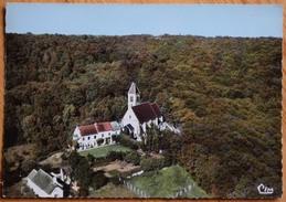 78 : Levis-Saint-Nom - Vue Aérienne - L'Eglise - CPSM GF Colorisée - (n°8868) - Francia