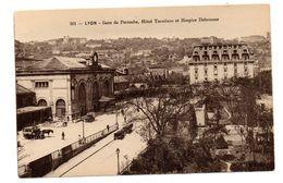 Tarjeta Postal De Lyon , Hotel Terminus Et Hospice Debrousse. - Lyon