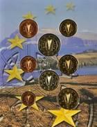 42499) Irland Euro - KMS 2002, Von 1 Cent Bis 2 Euro, Im Folder, St. - Irland