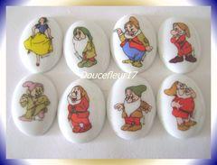 Medaillons Blanche Neige Et Les 7 Nains ... Série Complète ... Ref AFF :  ( Pan 0027) - Disney