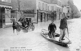 PARIS  Un Fiacre Rue De Grenelle - La Crecida Del Sena De 1910
