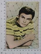 JOHN SAXON - Vintage PHOTO POSTCARD (397-A) - Acteurs