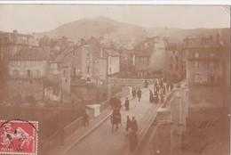 Carte PHOTO 1910 ST GENIEZ D'OLT / PONT ET VIEILLES MAISONS - Frankreich