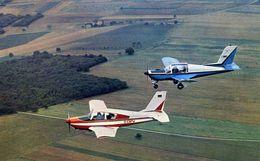 AVIONS / AEROPORT    /  L 31   / QUADRIPLACE METALLIQUE   CPM / CPSM 10 X 15 - 1946-....: Modern Era