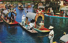 Mexico Xochimilco Jardines Flotantes Trajineras Decoradas Con Flores Flower Decked Boats Floating Gardens - Mexique