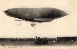 Le Dirigeable 'Liberté'  -  CPA - Zeppeline