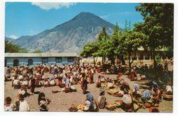GUATEMALA--SANTIAGO ATITLAN--Mercado (très Animée)...... à  Saisir - Guatemala
