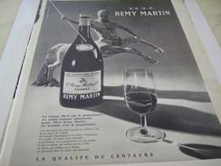 ANCIENNE PUBLICITE COGNAC REMY MARTIN 1961 - Alcools
