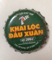 Vietnam Viet Nam Pepsi 7-Up NEW YEAR 2005 Used Bottle Crown Cap / Kronkorken / Capsule / Chapa / Tappi - Soda