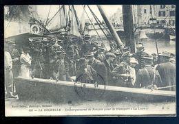 Cpa  Du 17 La Rochelle Embarquement De Forçats Pour Le Transport La Loire    Sep17-14 - La Rochelle