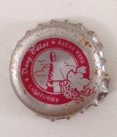 Vietnam Viet Nam Da Lat Wine Used Crown Cap / Kronkorken / Capsule / Chapa / Tappi - Capsules & Plaques De Muselet