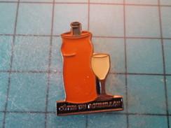 Pin1215b Pin's Pins : Rare Et Belle Qualité BOISSONS / VIN COTEAUX DU ROUSSILLON VERRE - Christmas