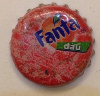 Vietnam Coca Cola Fanta Strawbery Used Bottle Crown Cap / Kronkorken / Capsule / Chapa / Tappi - Caps