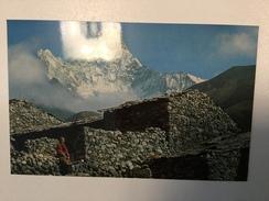 AK   NEPAL   AMA DEBLAM - Nepal