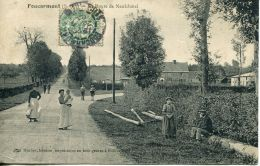 N°55001 -cpa Foucarmont -route De Neufchatel- - Other Municipalities