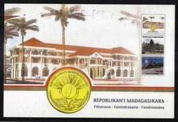 MADAGASCAR - 2012 - Carton Hotel De Ville D'ANTANANARIVO - (Timbres Représentés : 1904 à 1906) - Madagaskar (1960-...)