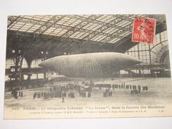 """C.P.A.- Paris (75) - Le Dirigeable Lebaudy """" Le Jaune """" Dans La Galerie Des Machines - 1910 - SUP (N1) - Equipment"""