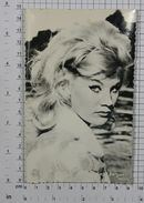 BIRGIT BERGEN - Vintage PHOTO POSTCARD (407-A) - Schauspieler