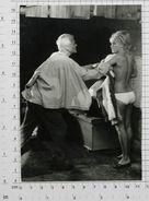 ELKE SOMMER And PETER VAN EYCK - Vintage PHOTO REPRINT (435-X) - Repro's