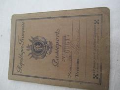 Passeport Ancien à 32 Pages/Couverture République Française/Préfecture De Police/Laugier Hortense/Opéra/1936       AEC75 - Unclassified
