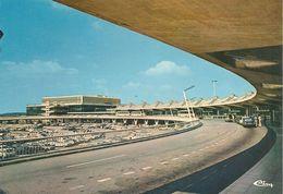 CPA-1970-69-LYON SATOLAS-AEROPORT INTERNATIONAL-TBE - Aérodromes