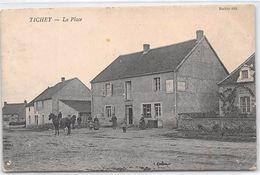 TICHEY - La Place - état - Autres Communes