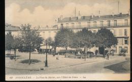 16 -- Angouleme  --  La Place Du Murier, Vers L'Hotel Du Palais - Angouleme