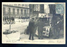 Cpa  Du 75  Paris Petits Métiers -- Un Kiosque à Journaux         Sep17-13 - Petits Métiers à Paris