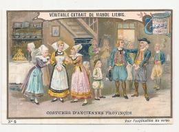------  LIEBIG -   Costumes D'anciennes Provinces Numéro 5 La Toilette De La Mariée Bretagne - Coupé Court Haut + Droite - Liebig