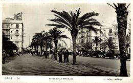 CADIZ - PLAZA DE LA REPUBLICA - L. ROISIN - Cádiz