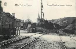 Yvoir - Le Passage à Niveau Avenue Rosalie - Yvoir