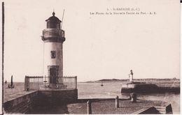 44 SAINT NAZAIRE -- Les Phares De La Nouvelle Entrée Du Port - Saint Nazaire