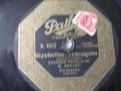 78T - Le Long De L'yvette Et Ou Y A Des Filles Y A Des Garcons Par Bérard - 78 Rpm - Gramophone Records