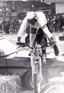 Photo Originale Format 9 X 12,5 Sport Mécanique Moto Moto-Cross Franchissement D' Obstacle (autre) - Sports