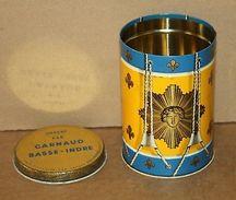 Ancienne Boite En Tôle Forme De Tambour Rois Soleil Fleur De Lys - Carnaud Tabac - Autres Collections