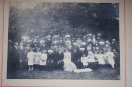 Ancienne Photographie Photo De Mariage En Anjou Coiffes Costumes Et Belles Toilettes Bourgeoises - Photographs