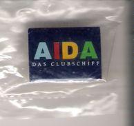 Pin AIDA - Das Clubschiff (blauer Hintergrund) - Schiffahrt