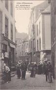 SAINT-MALO - Rue Vieille Boucherie Un Jour De Marché - Belle Carte En TBE - Saint Malo