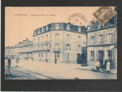Lamballe Boul Jobert Animation Devant L Hotel De La Gare   ( MICROS TRACES TAMPON  TTB ETAT ) Ti 542)) - Lamballe