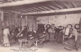 CPA - Métier - Tonneliers - Fabrication Et Réparation De La Futaille - Bourgogne - Bourgogne